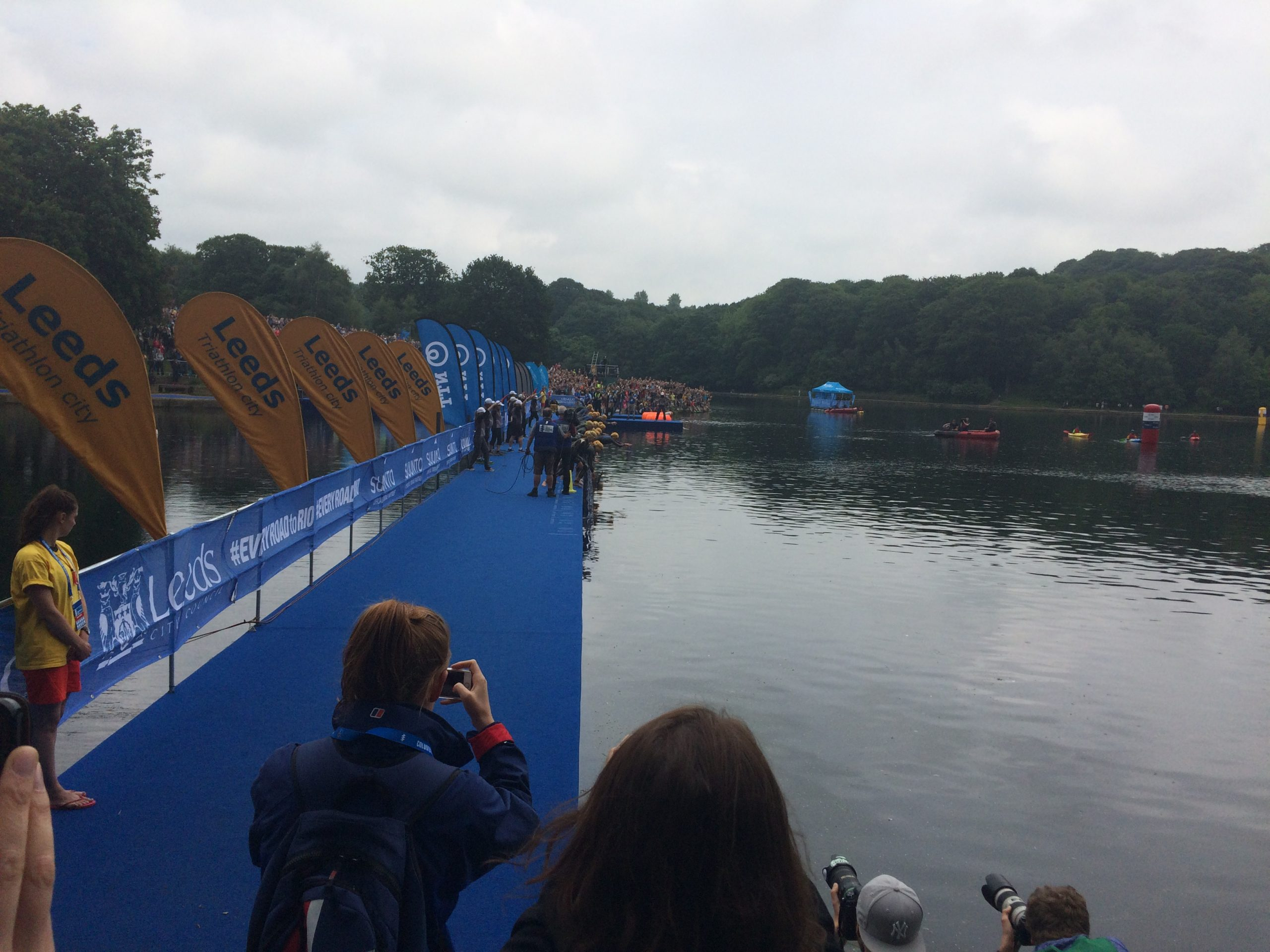 Photo: Women's Triathlon tart line